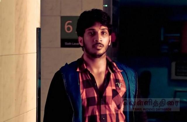 Tamil Actor Satish in Endrendrum Movie Photos